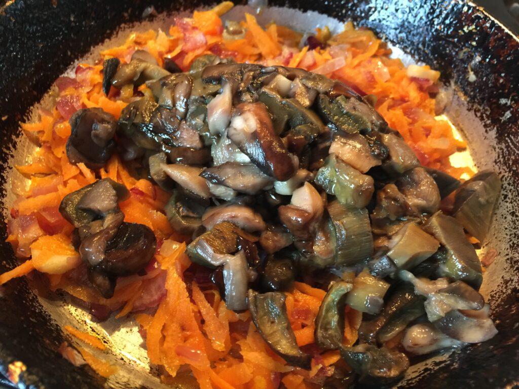 Зразы с грибами в духовке